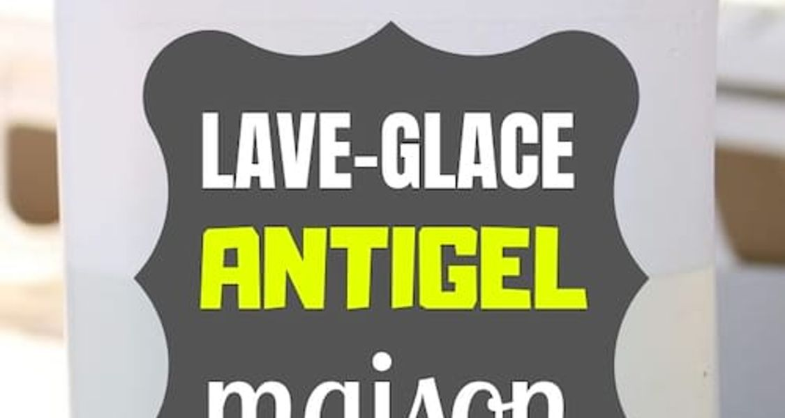 Lave-glace voiture hiver